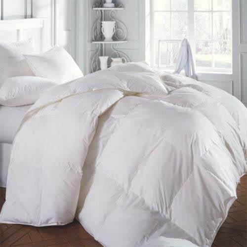 Online hotel comforters & bedding wholesale suppliers